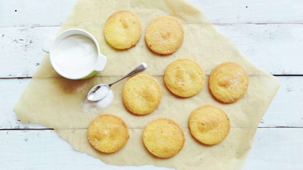 orange cornmeal cookies