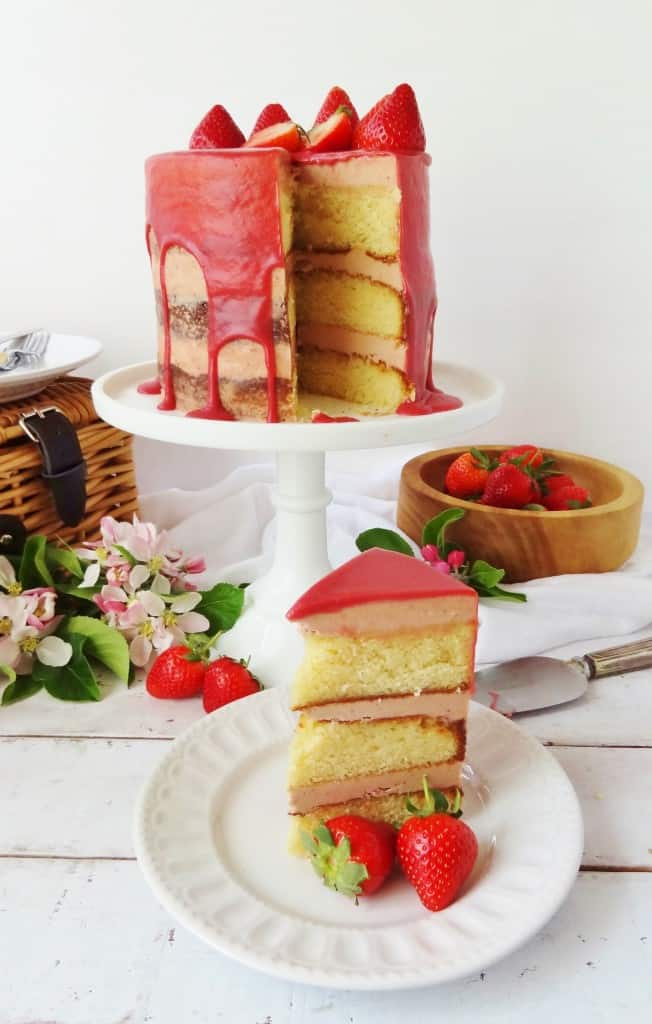 strawberry, elderflower & almond cake with roasted strawberry swiss meringue buttercream