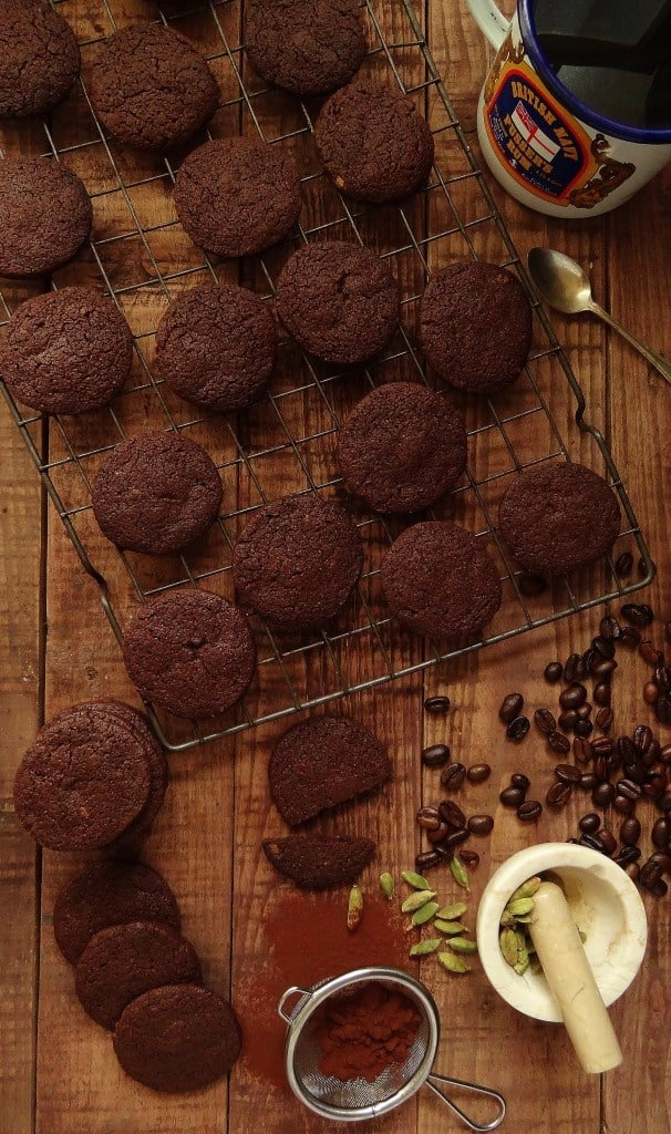 Chocolate cardamom and coffee cookies (biscuits) - Domestic Gothess