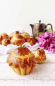 Mini chocolate stuffed vanilla bean brioche a tete - Domestic Gothess