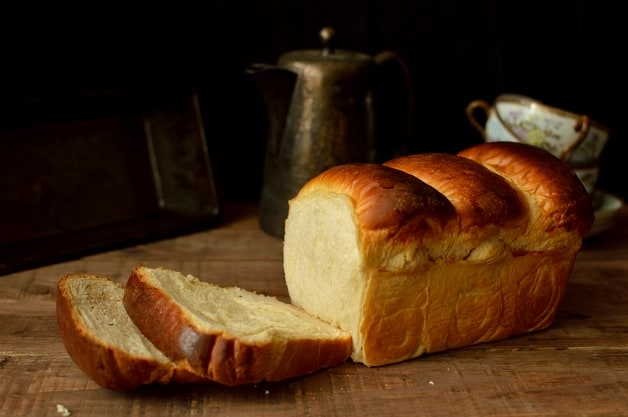 Hokkaido milk bread - super soft and fluffy - Domestic Gothess