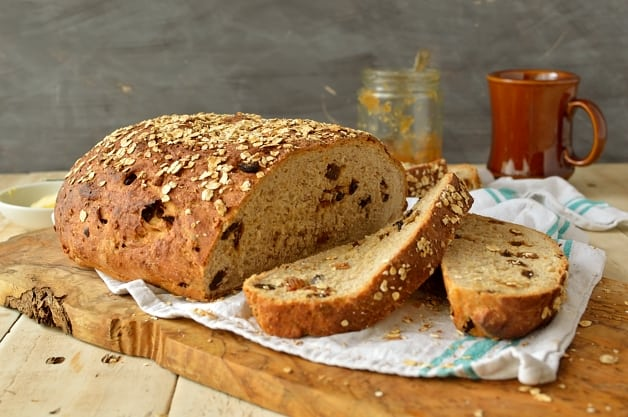 Muesli bread recipe - Domestic Gothess