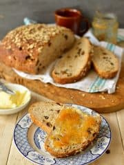 Muesli bread, the perfect healthy, filling breakfast - Domestic Gothess