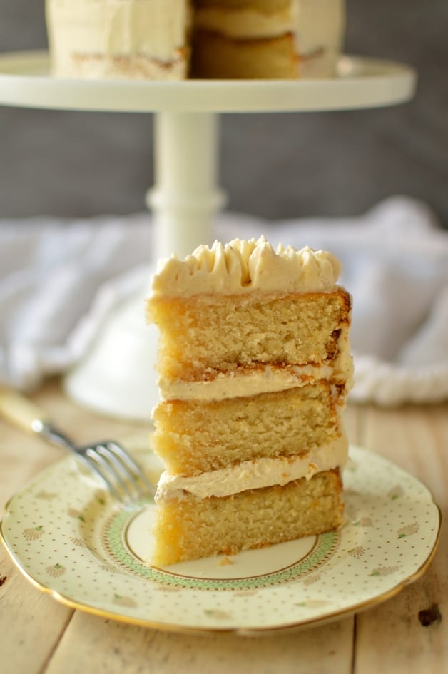 Very vanilla layer cake - Domestic Gothess