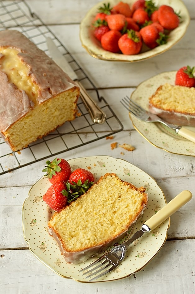 Lemon and cardamom sour cream pound cake