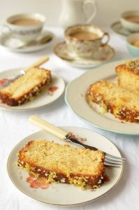 Lemon and ginger drizzle loaf cake - Domestic Gothess