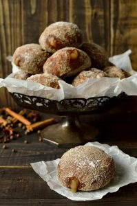 Gingerbread spiced apple doughnuts - Domestic Gothess