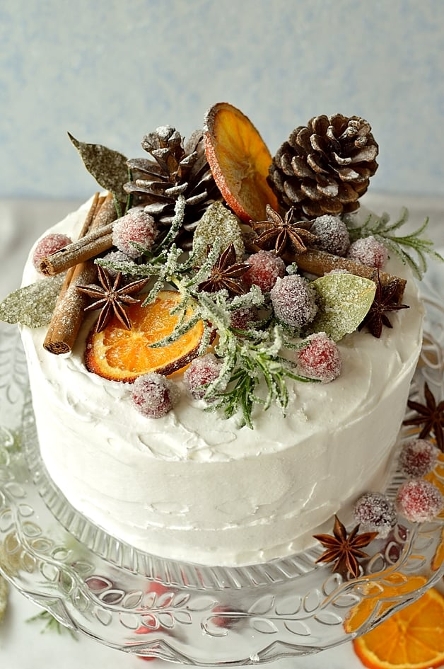 How To Make Cake Decoration Cone : Gingered Christmas Fruitcake With Rustic Decorations ...