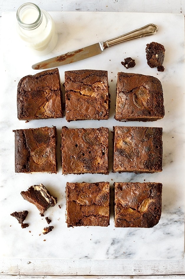 Lindor truffle brownies - dense, fudgy, decadent brownies filled with pieces of strawberries and cream lindor truffles