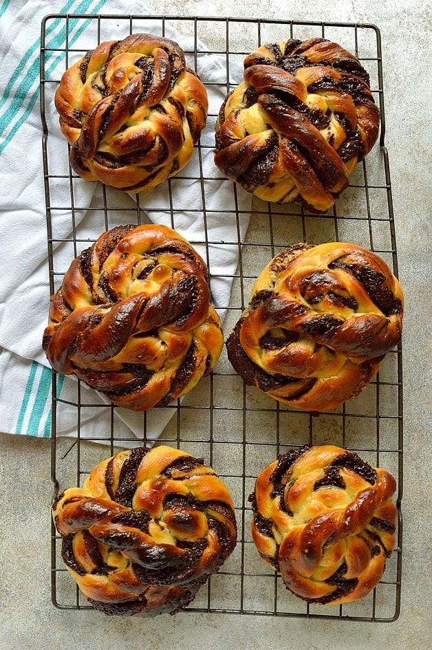 hokkaido milk bread chocolate swirl bread rolls