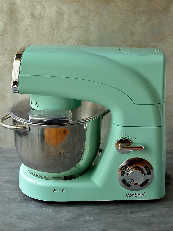 vonshef-pistachio-stand-mixer-review