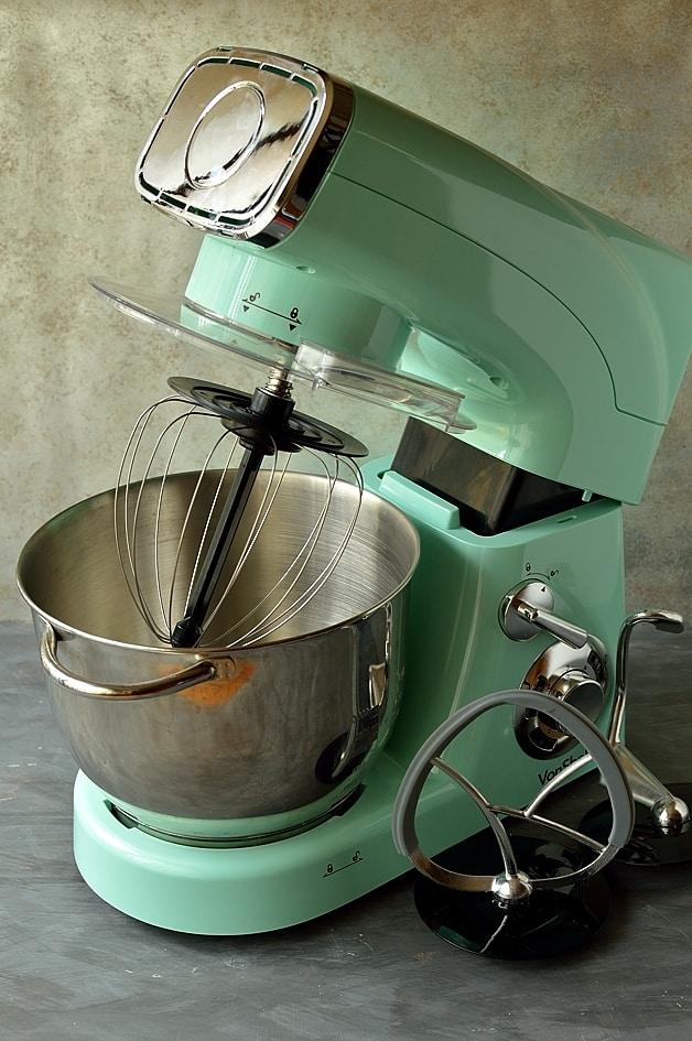 vonshef-pistachio-stand-mixer
