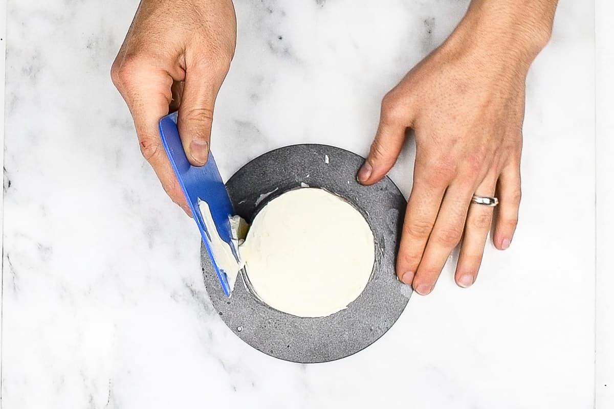 step 8 - the final buttercream layer