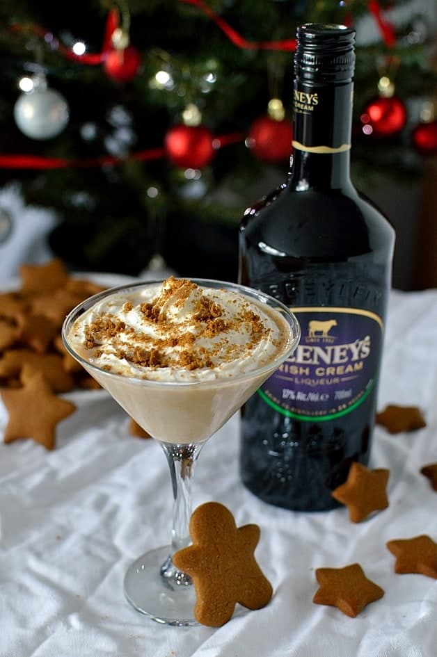 Gingerbread latte martini made with Feeney's Irish Cream and homemade gingerbread syrup; the ideal Christmas cocktail!