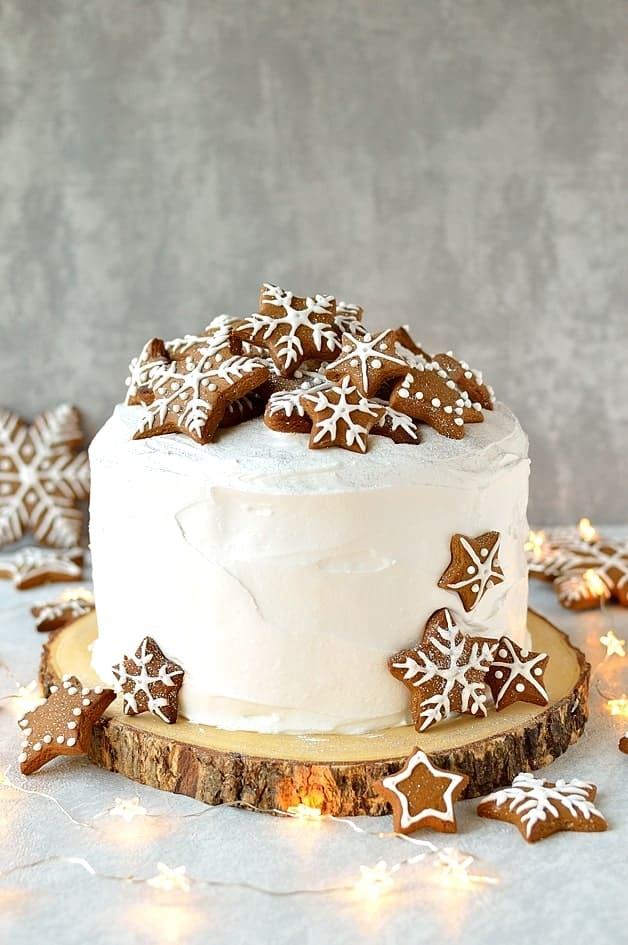 Christmas Cake.Gingerbread Topped Christmas Cake