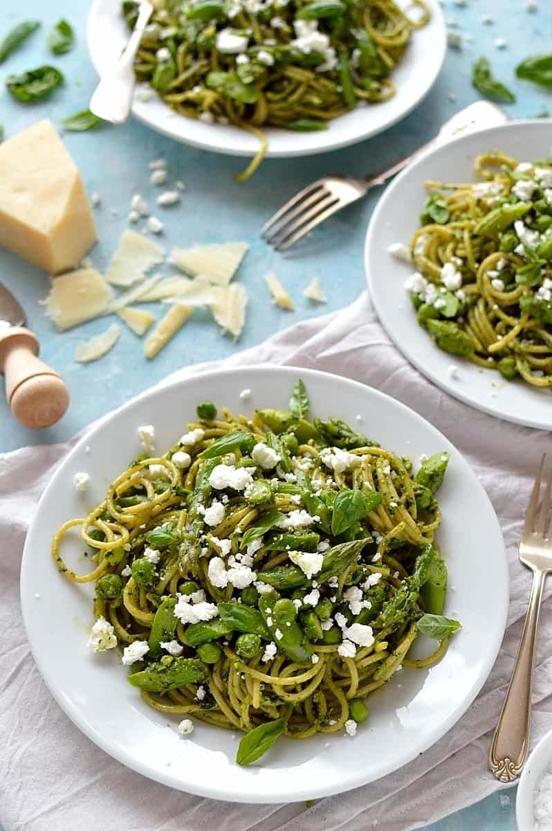 Spaghetti with lemon rocket and walnut pesto, asparagus, peas and goats cheese - quick, easy and perfect for Spring!