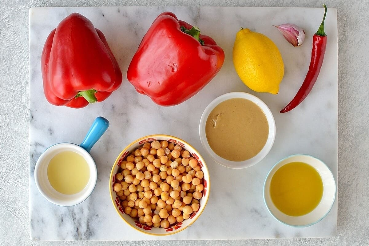 roasted red pepper and chilli hummus ingredients