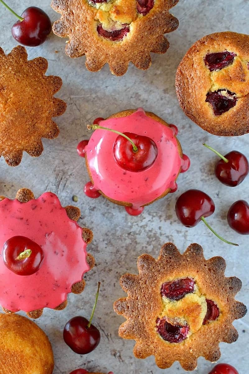 Little cherry almond cakes - easy to make and perfect for picnics!