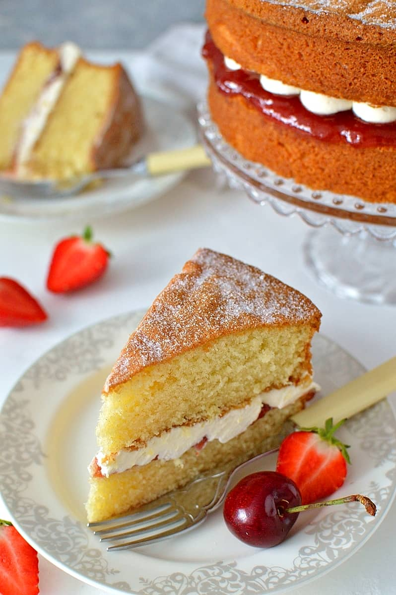 How To Make The Perfect Victoria Sandwich Cake