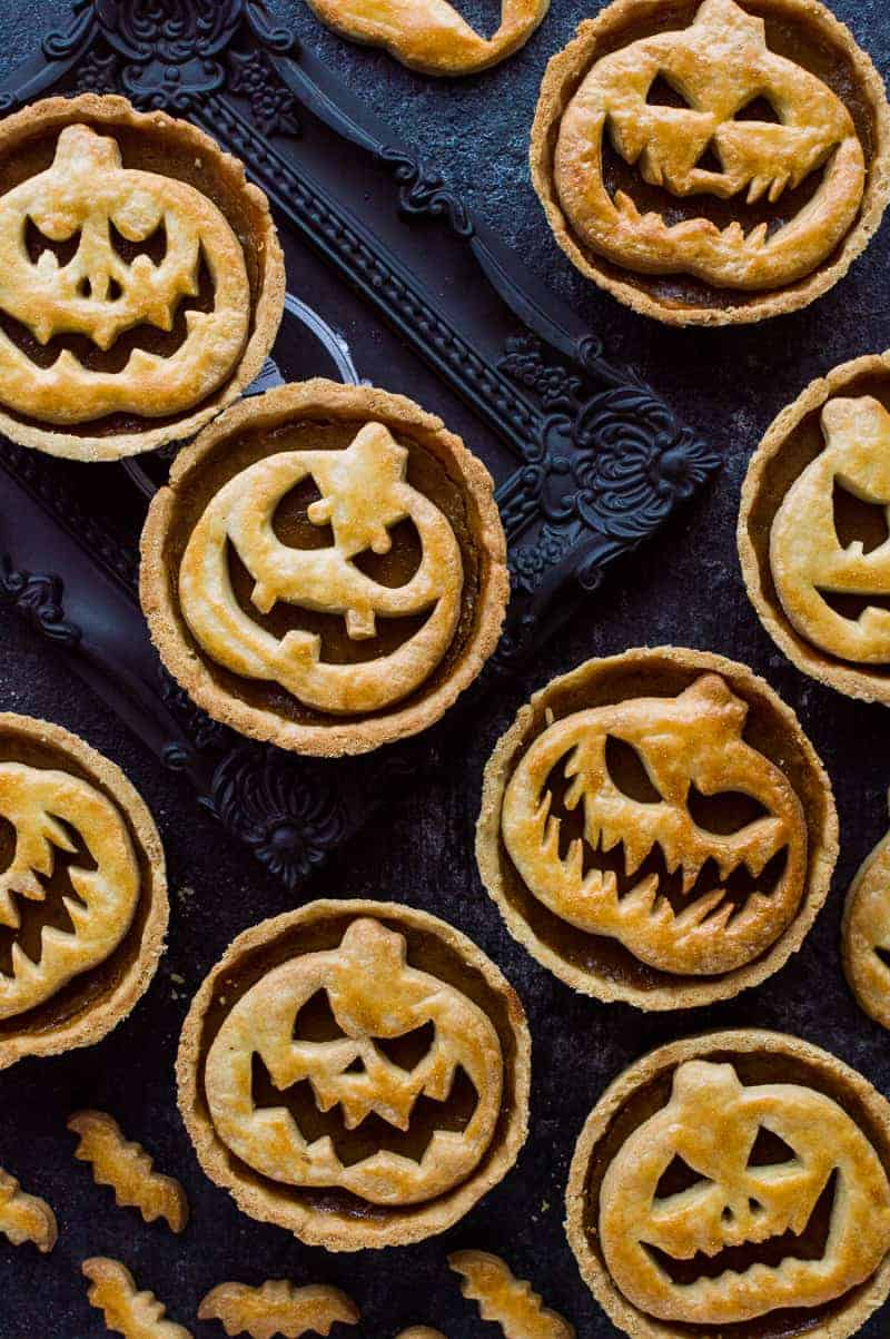 Halloween Jack-O-Lantern pumpkin pies - creepy (or cute - your choice!) pumpkin pies for Halloween.