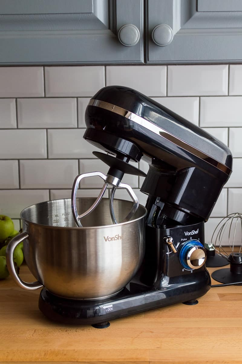 VonShef 1260W black stand mixer with tilt head
