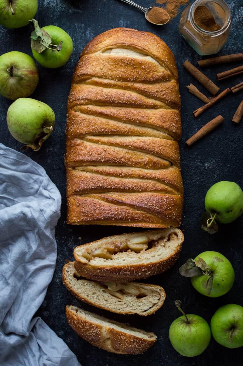 Apple cinnamon brioche braid from above