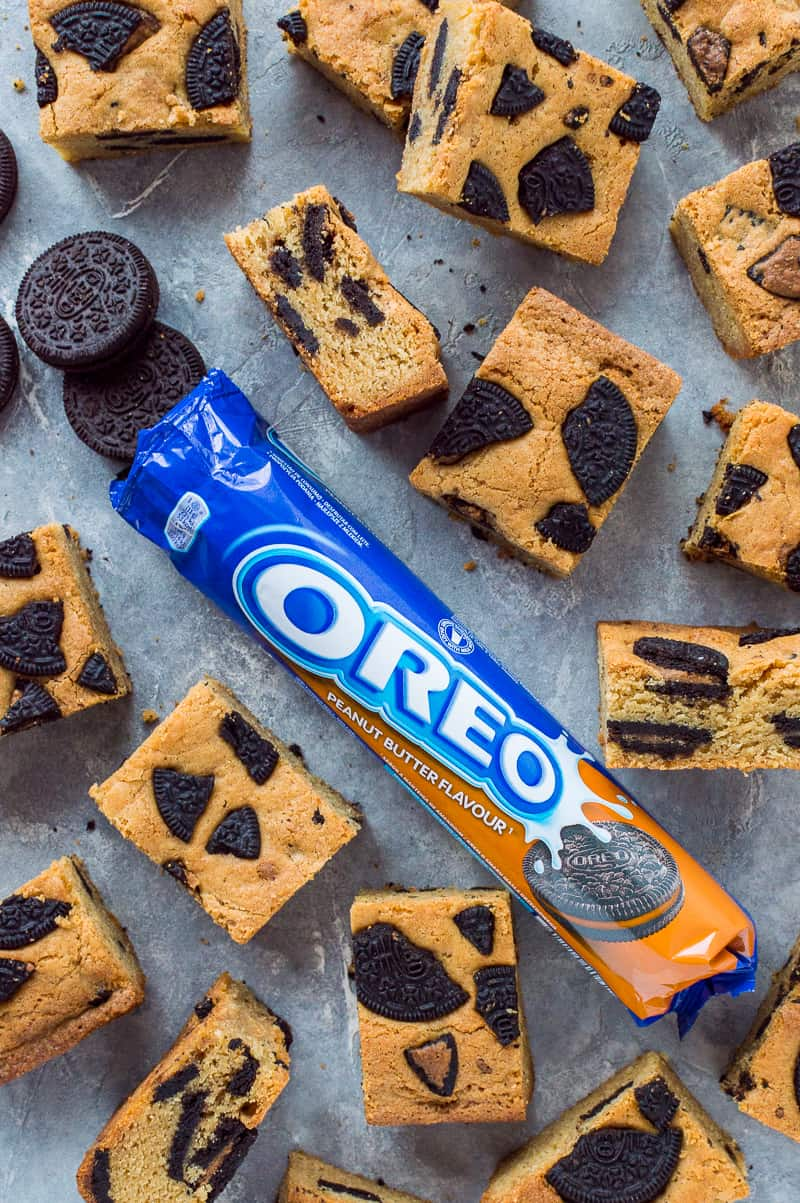 Peanut Butter Oreo Blondies – easy chewy peanut butter blondies filled with tasty pieces of peanut butter flavour Oreos; utterly heavenly!