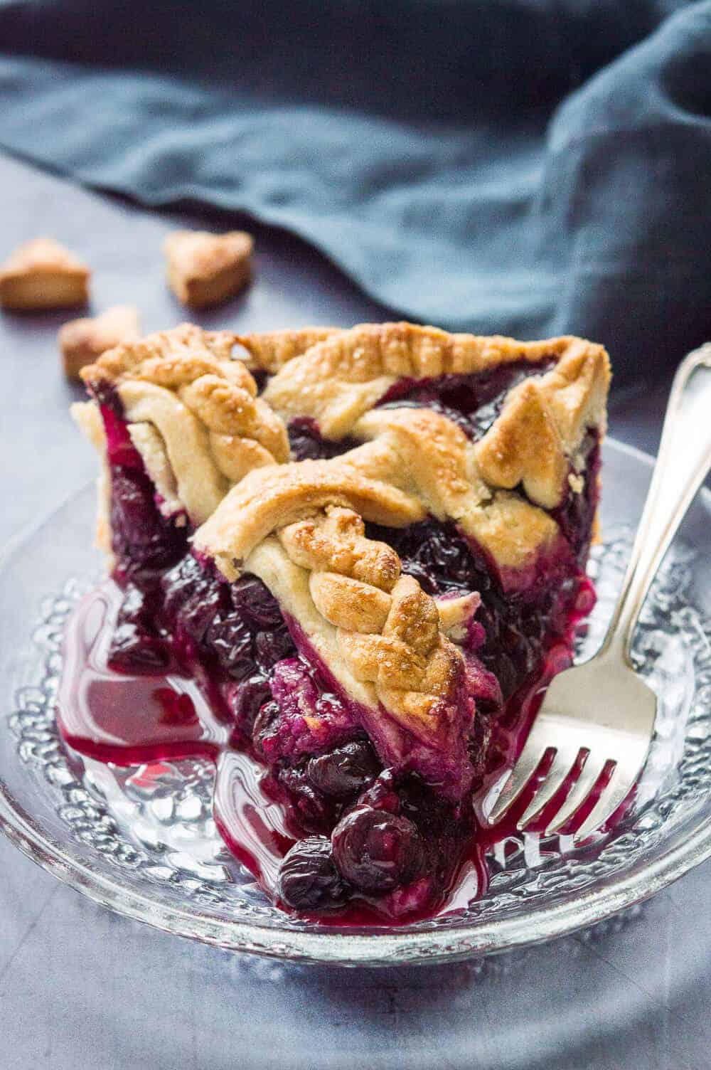Blueberry pie with coconut oil crust - an incredible vegan, egg and dairy free lattice topped blueberry pie made with coconut oil pastry.