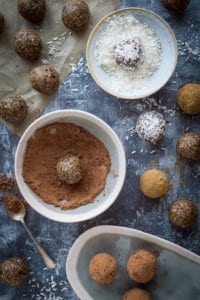 Energy balls - the ultimate high protein, energy boosting healthy snack. These easy to make vegan energy bites are loaded with seeds, nut butter and dried fruit for a convenient snack that is good for you too. #vegan #energybites #snack #healthy