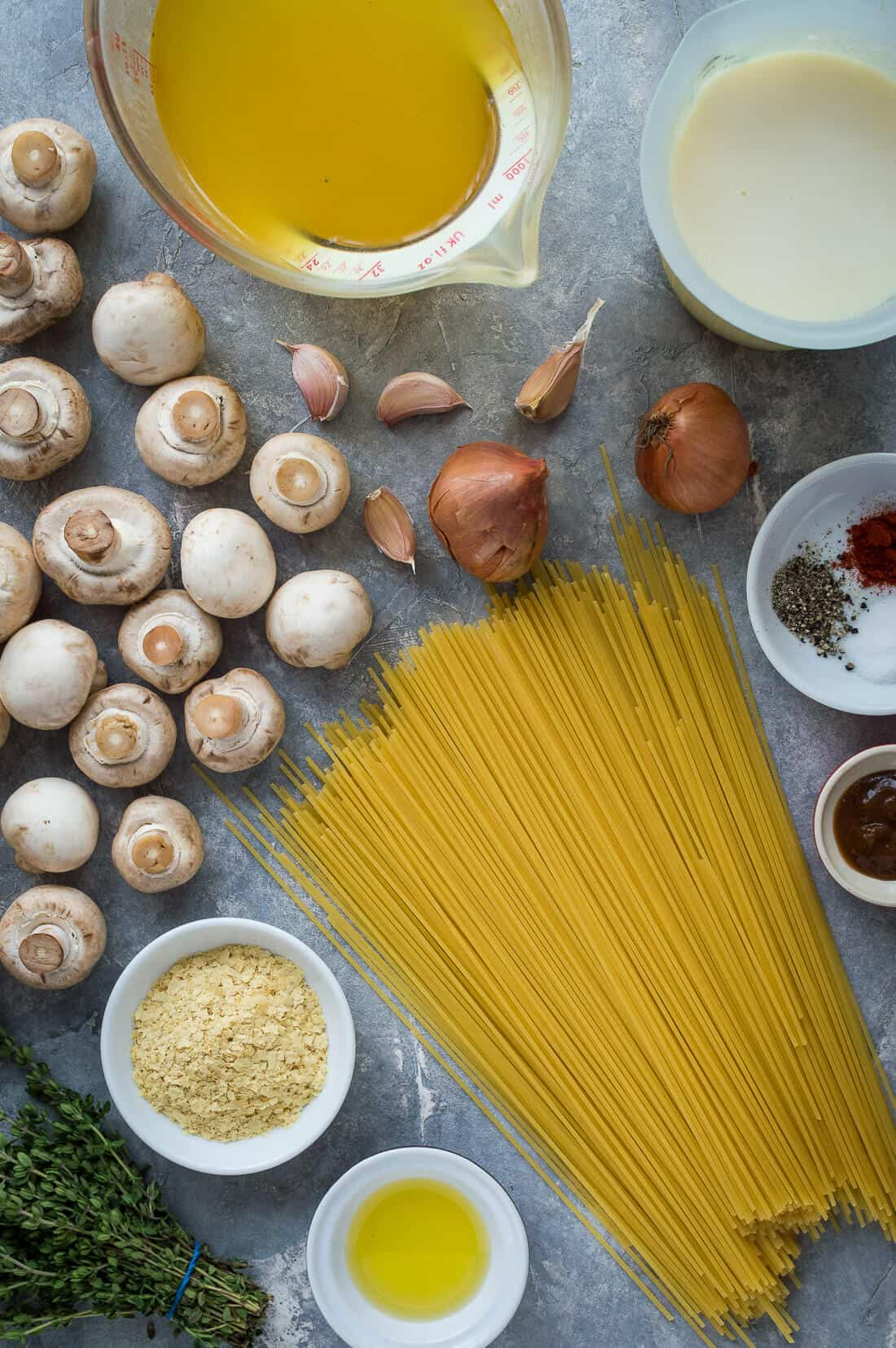 Vegan one pot mushroom pasta ingredients
