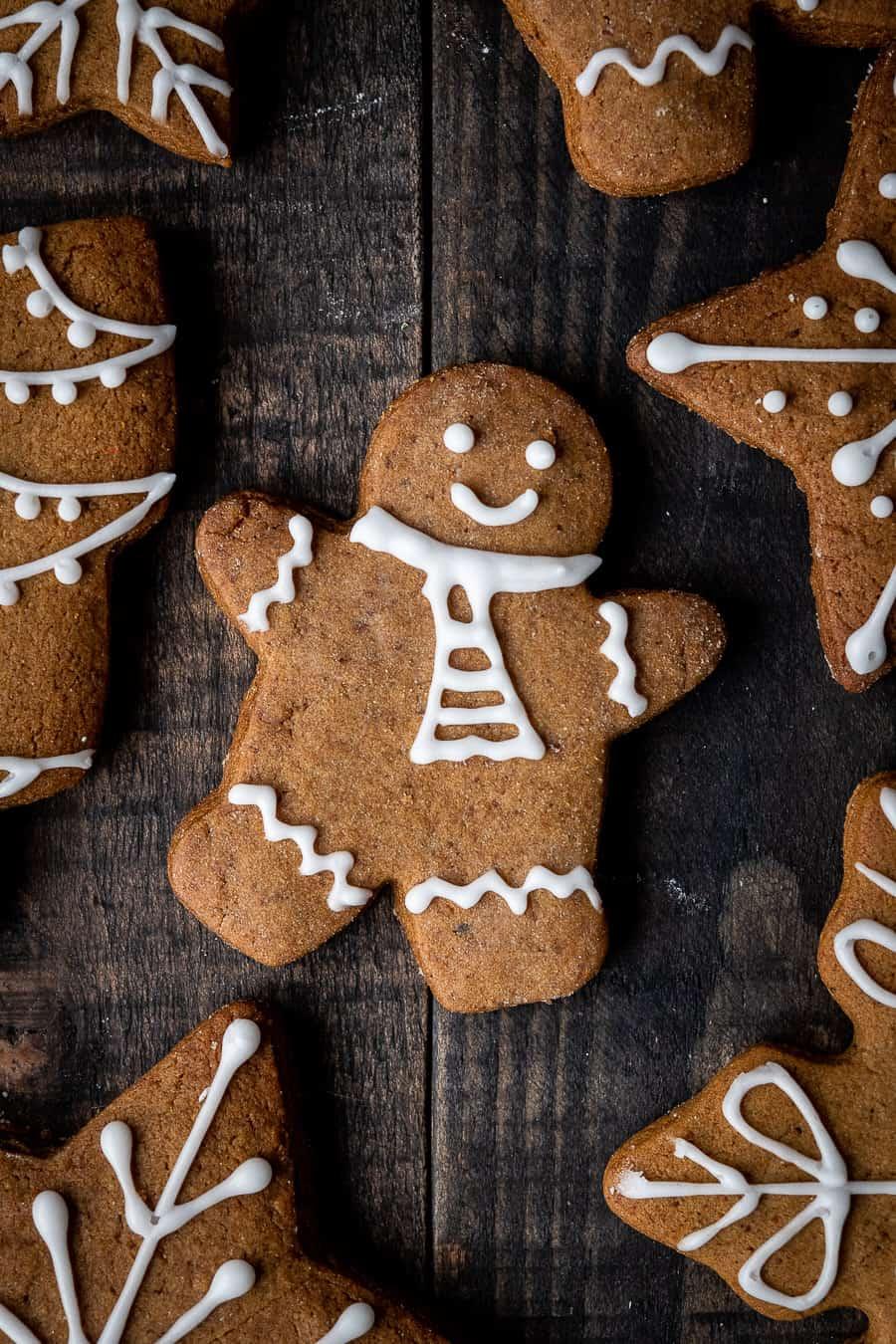 a vegan gingerbread man